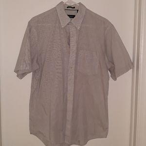 Short sleeve men's shirt